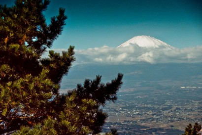 Japan 2001-Snow on Mount Fuji-98