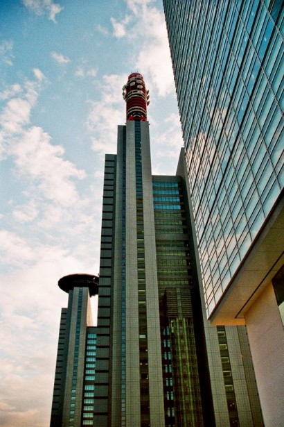 Japan 2001-Tokyo Sky Architecture-91