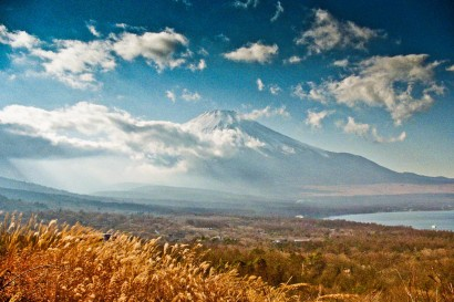 Japan 2001-Yamanakako Lake Mount Fuji autumn Landscape-4